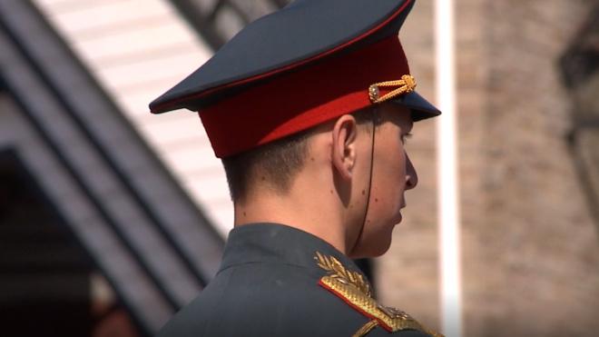 На Дворцовой площади ЗВО провели первую репетицию к параду 9 мая