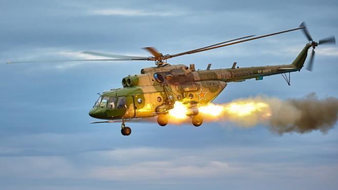 Летчики ЗВО отработали тактику вертолетных засад в Ленобласти