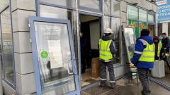В Выборгском районе Петербурга снесли 9 торговых павильонов