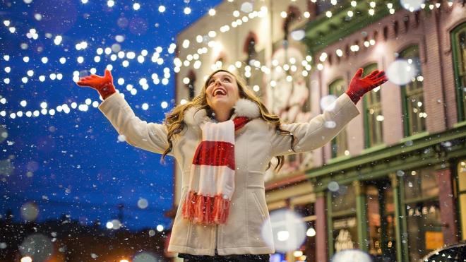 """Более 500 спецмашин дежурили ночью, """"защищая"""" город от снегопада"""