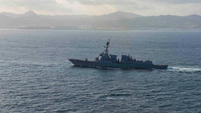 Эсминец ВМС США Thomas Hudner покинул Черное море