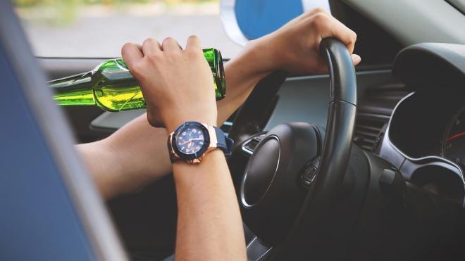 Суд арестовал пьяного водителя, сбившего девушку на тротуаре улицы Орджоникидзе
