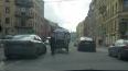 ДТП по-петербуржски: карета врезалась в иномарку на Милл...