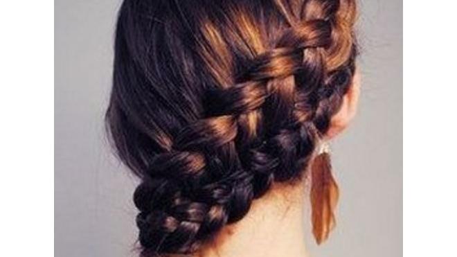 Прически на 1 сентября: в Петербурге детям не попасть к парикмахерам