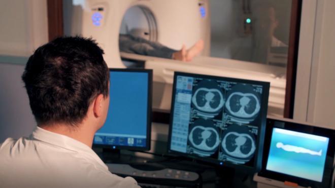 Частные клиники Петербурга проводят диагностику коронавируса по ОМС