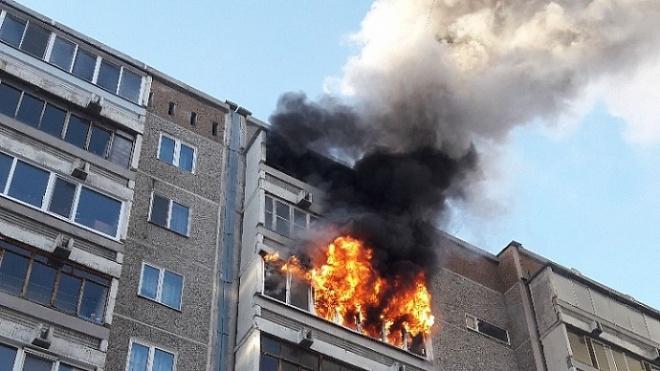 При пожаре в Автово погибла пенсионерка