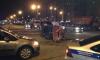 На пересечении улицы Сизова и проспекта Испытателей перевернулись сразу две машины