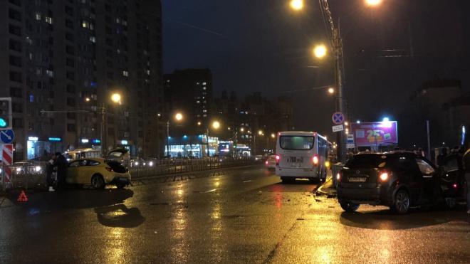 Два ребенка пострадали в ДТП в Приморском районе