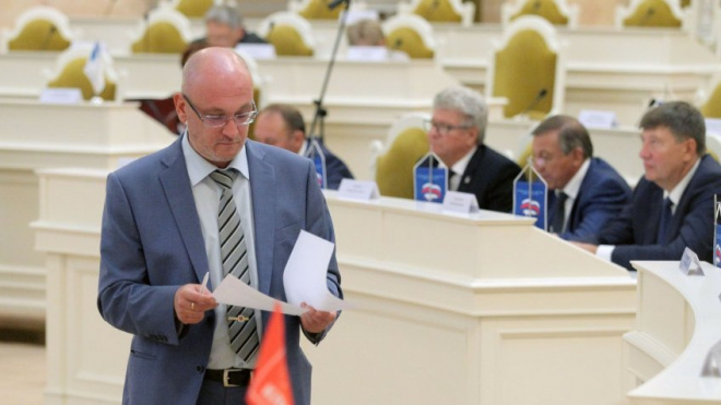 Резник предложил ЗакСу выразить недоверие Беглову и правительству