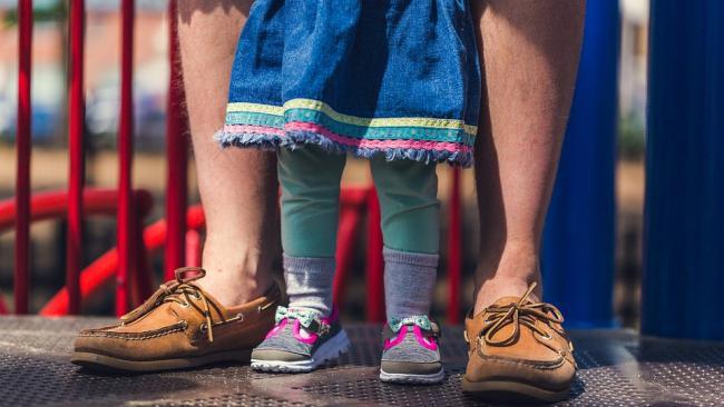 Детские пособия и штрафы за неповиновение: что изменилось с 1 марта в России
