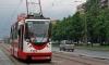 В Петербурге автомобиль протаранил остановку