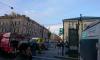 В Центральном районе черная иномарка сбила ограждение: на месте работают медики