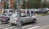 На проспекте Авиаконструкторов автомобиль сбил детей на пешеходном переходе
