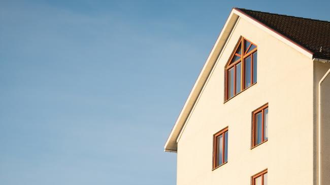 В Петербурге решено перенести на годы кадастровую оценку недвижимости