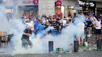 Английские болельщики понесли наказание за беспорядки в Марселе