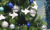 Станции петербургского метро начали украшать к Новому году и Рождеству