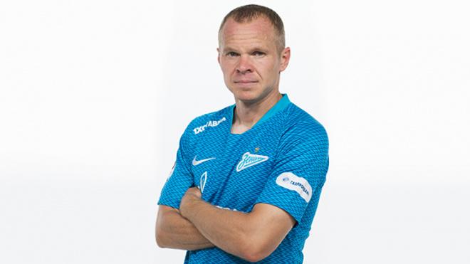 """""""Зенит"""" предложил Анюкову стать тренером футбольного клуба"""