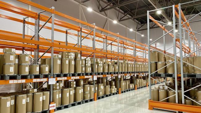В Петербурге открыт завод по выпуску субстанций для лекарств против COVID-19