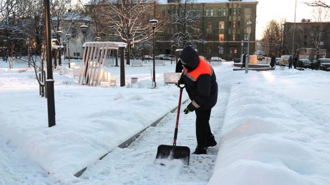 Ильдар Гилязов поручил ежедневно контролировать уборку снега в Выборге