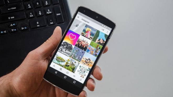 Пользователи Instagram и Whatsapp пожаловались на сбои