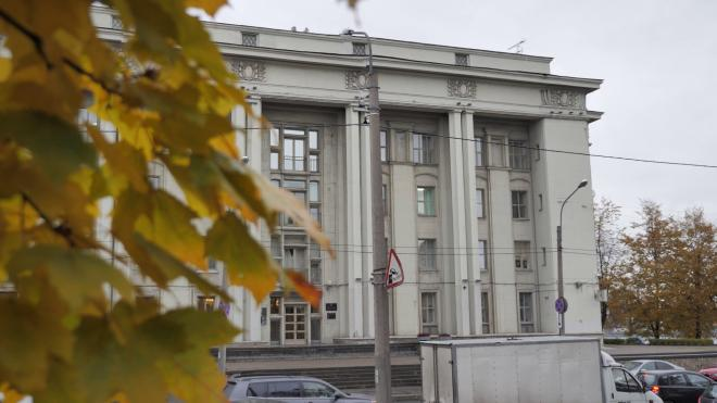 На субботнюю погоду в Петербурге повлияет гребень антициклона