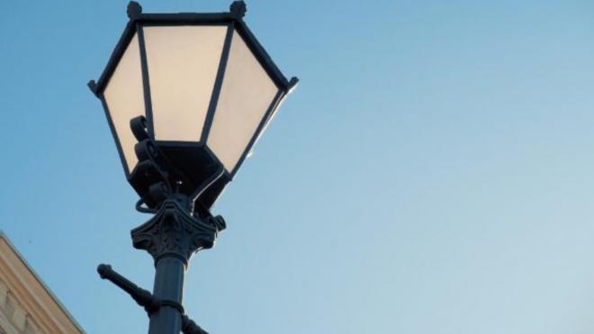 На Суздальском проспекте появились новые светильники