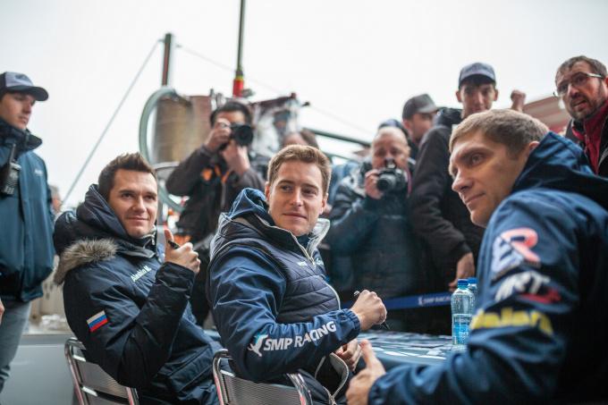 Михаил Алешин, Стоффель Вандорн и Виталии Петров. SMP Racing