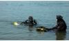 Спасатели вытащили из Невы сумасшедшую петербурженку, прыгнувшую в воду с Литейного моста