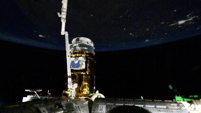 Российский космонавт Иван Вагнер показал отстыковку Crew Dragon от МКС