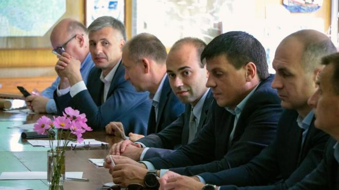Главы администраций Выборгского района встретились на выездном совещании
