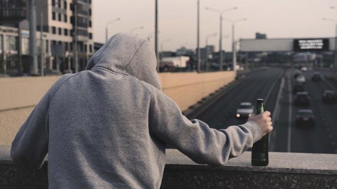 Нарколог назвал способ определения алкоголизма
