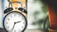 В Госдуме предлагают снова переводить часы на зимнее ...