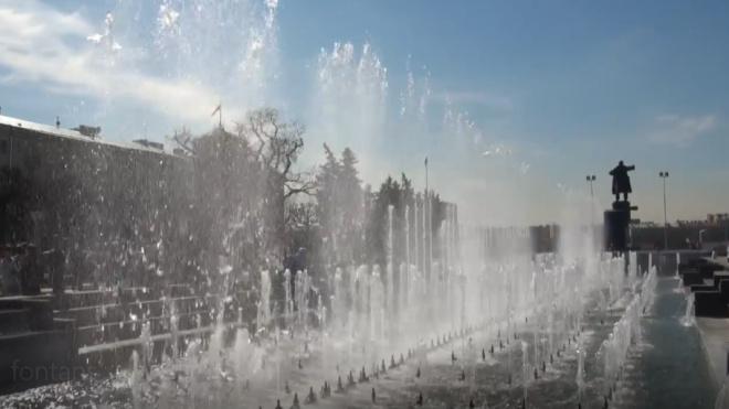 Петербургские фонтаны завершают водный сезон