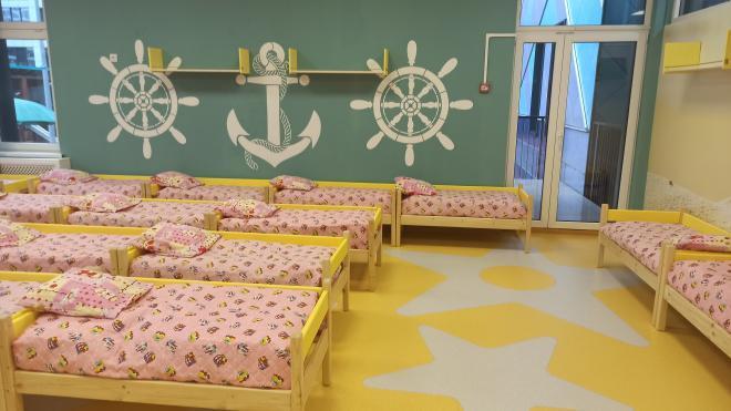 Петербургские родители начнут платить за детский сад