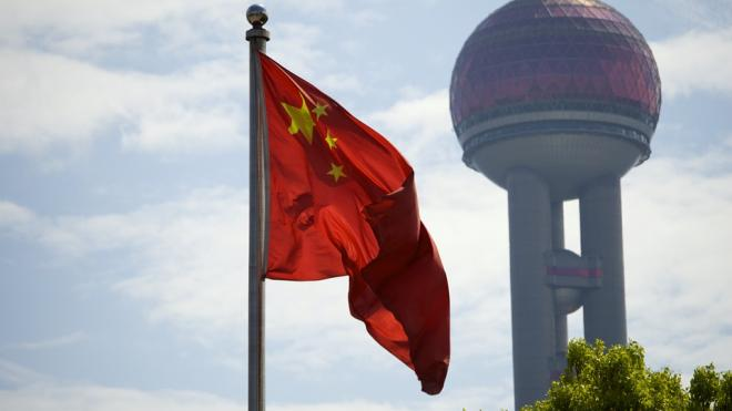 Китай третьим после США и СССР установил свой флаг на Луне