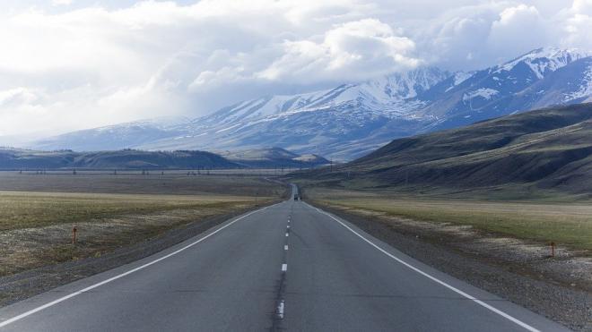 Алтай, Петербург и Камчатка попали в список регионов, где мечтают побывать россияне