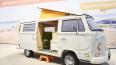 Моделист собрал фургон Volkswagen T2 из 400 тысяч ...