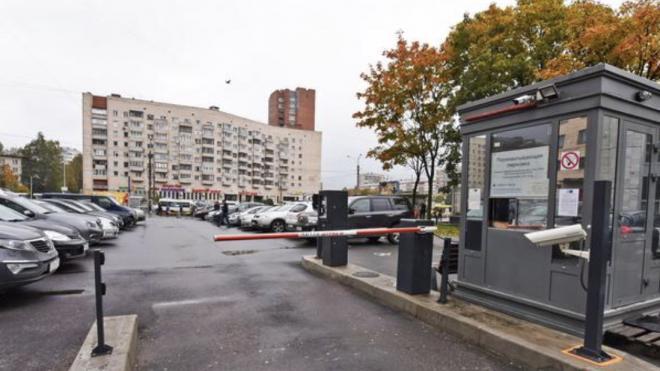 В 2021 году в Петербурге построят две новые перехватывающие парковки