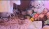 Полиция нашла в запертой коммуналке плачущих над трупом матери малышей