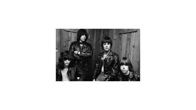 В фильме про Ramones, возможно, сыграет Джонни Дэпп
