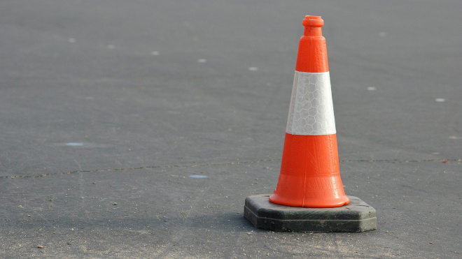 Смольный выделил 40 миллионов рублей на ремонт дорог в Приморском районе