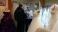 В петербургском свадебном салоне арестовали 45 платьев ...