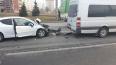 Два автомобиля столкнулись на Кронштадтской площади