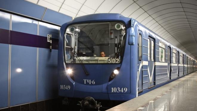 Новые умные вагоны метро оформят студенты академии Штиглица