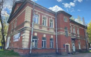 Родители учащихся спортшколы продолжают борьбу с РПЦ за здание на Выборгском шоссе