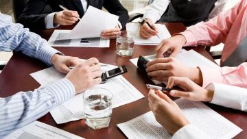Жилищный комитет проводит совещания с региональными управляющими компаниями
