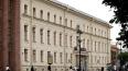 Территорию у петербургской прокуратуры оцепили