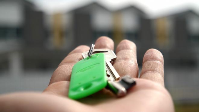 Петербурженка купила квартиру с невыселяемым жильцом