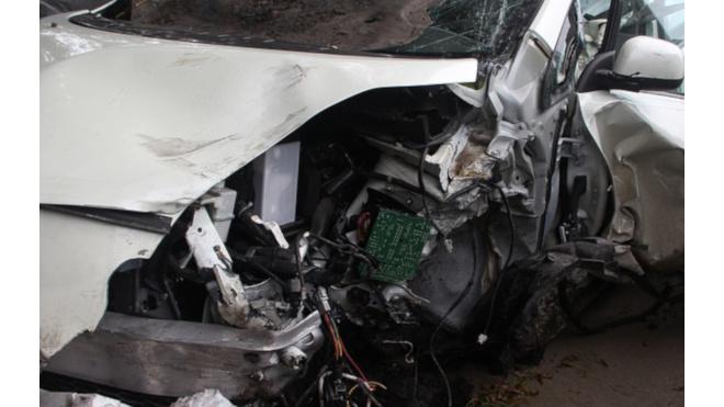 Женщина за рулем Лады погибла в ДТП в Ломоносовском районе