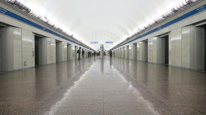 "Станция метро ""Парк Победы"" закрылась на 2 дня"